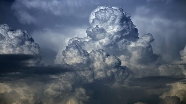 big-dark_clouds